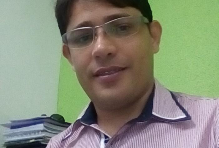 Professor se reúne com presidência do grupo 'girassol' e lança pré-candidatura a prefeito em cidade da Paraíba