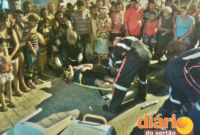 Duas pessoas ficam gravemente feridas em acidente na BR 230 na região de Sousa. Fotos