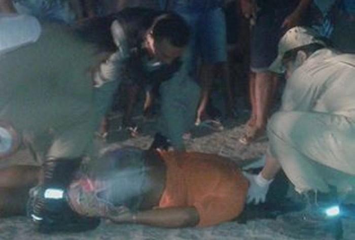 Jovem é assassinado a tiros dentro de bar no Sertão; Motivo seria rixa por ciúmes. Foto!