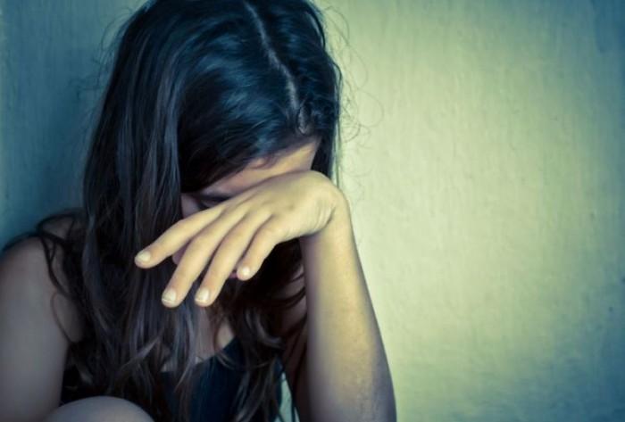 Adolescente de 15 anos é estuprada por dois homens na PB, diz polícia