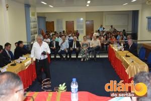 Câmara de Cajazeiras entregou títulos de cidadãos cajazeirenses a cinco poetas nesta terça (23)