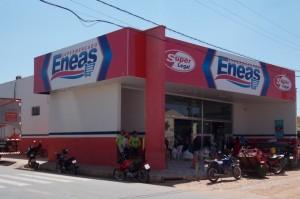 Supermercado Enéas em São João do Rio do Peixe