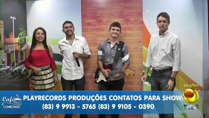 A banda é formada por músicos da cidade de Aparecida, mas que também passaram por grupos de Cajazeiras
