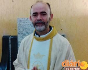 Padre Mendes está em Monte Horebe e Bonito