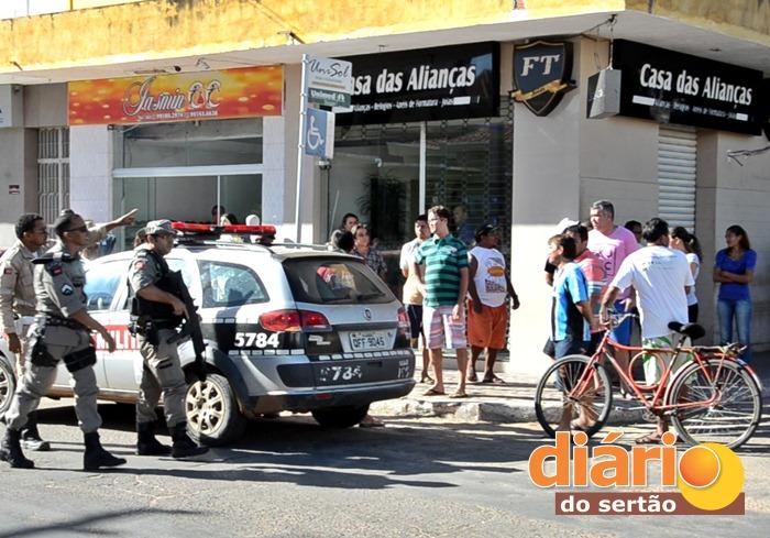 Loja foi assaltada pela quarta vez em Sousa (foto: Charley Garrido)