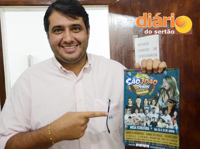 Prefeito André Gadelha divulgou programação oficial do São João (foto: Charley Garrido)