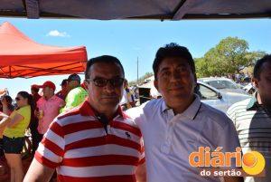 Pré-candidato ao lado do prefeito Damísio Mangueira
