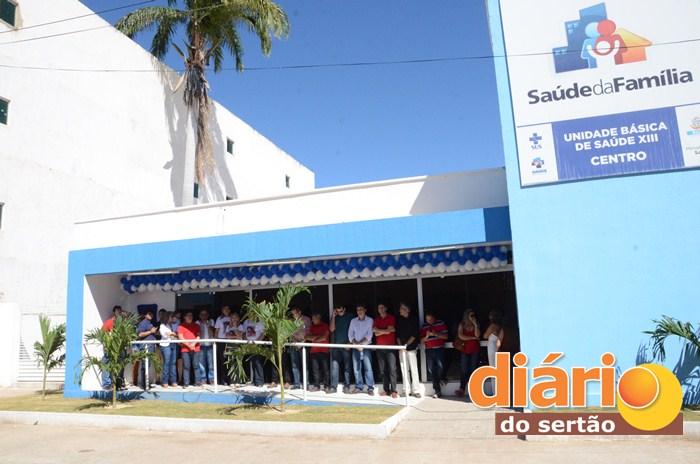 Inauguração do PSF no centro da cidade (foto: Charley Garrido)