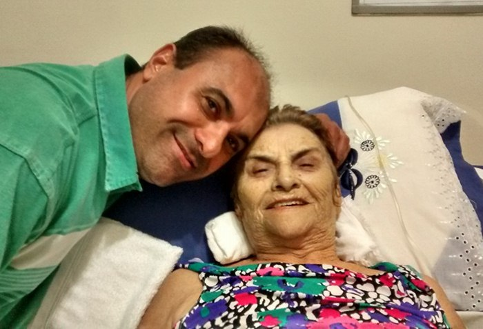 Faleceu a mãe do diretor da Rádio Arapuan FM de Cajazeiras