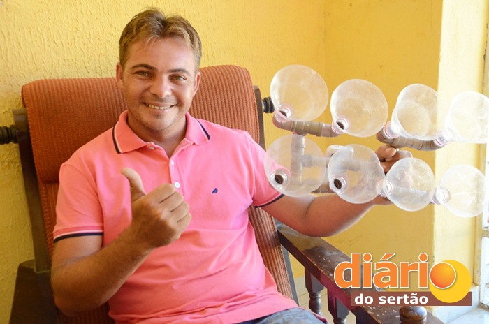 """Giorggio Abrantes Pordeus é o inventor do """"paredão de som"""" (foto: Charley Garrido)"""