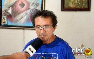 Seu Francisco Alves, tio de Lucas