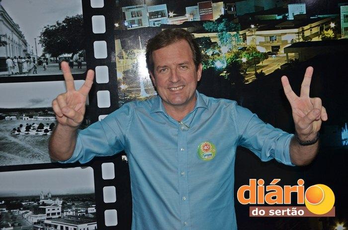 Fábio Tyrone, prestou entrevista à TV Diário do Sertão (foto: Charley Garrido)
