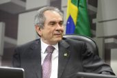 Senador Raimundo Lira  (Foto:Marcos Oliveira)
