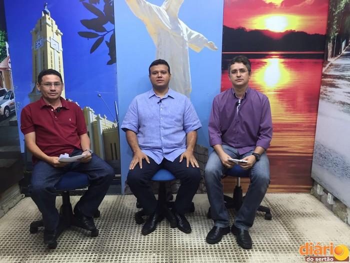 Prefeito entrevistado pela Caravana da Democracia em Cajazeiras