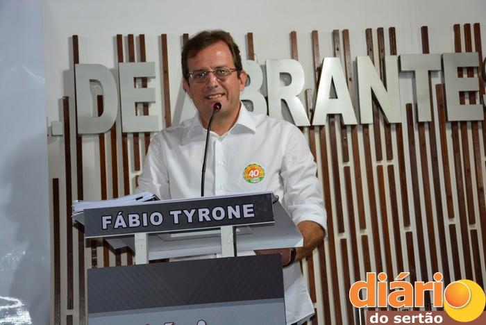 Fábio Tyrone, candidato a prefeito de Sousa (foto: Diário do Sertão)