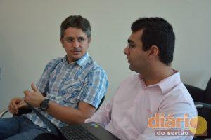 Petson Santos, diretor do Sistema Diário do Sertão, e Renato Filgueira, assessor jurídico