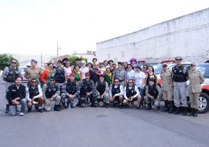 policia-militar_bombeiros_policia-civil_sociedade-civil-organizada-nos-preparativos-para-entrega-dos-brinquedos_foto_wagner_varela_secom_pb