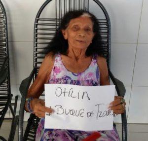 Dona Otília quer um buquê de flores