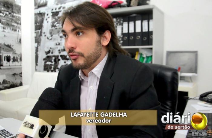 Vereador Lafayette em entrevista ao Diário do Sertão (Foto: Reprodução/DS)