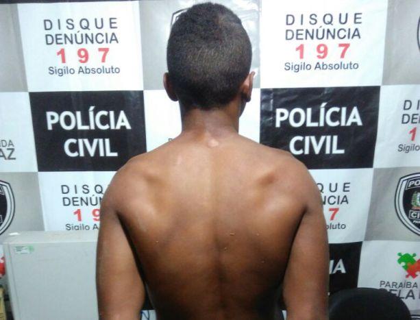 Menor de 17 anos é detido em flagrante com fruto de roubo